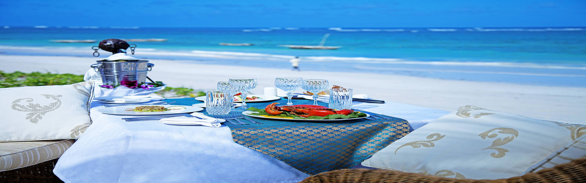 Afro Chic - beach side lunch